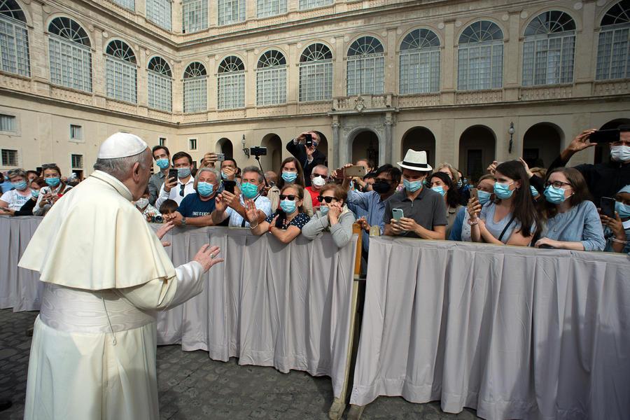 Udienza e Catechesi di Papa Francesco.