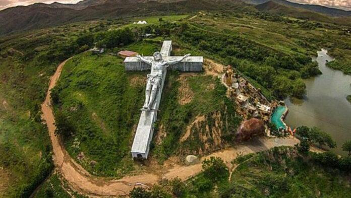 Sai dove si trova il Cristo più grande del mondo?