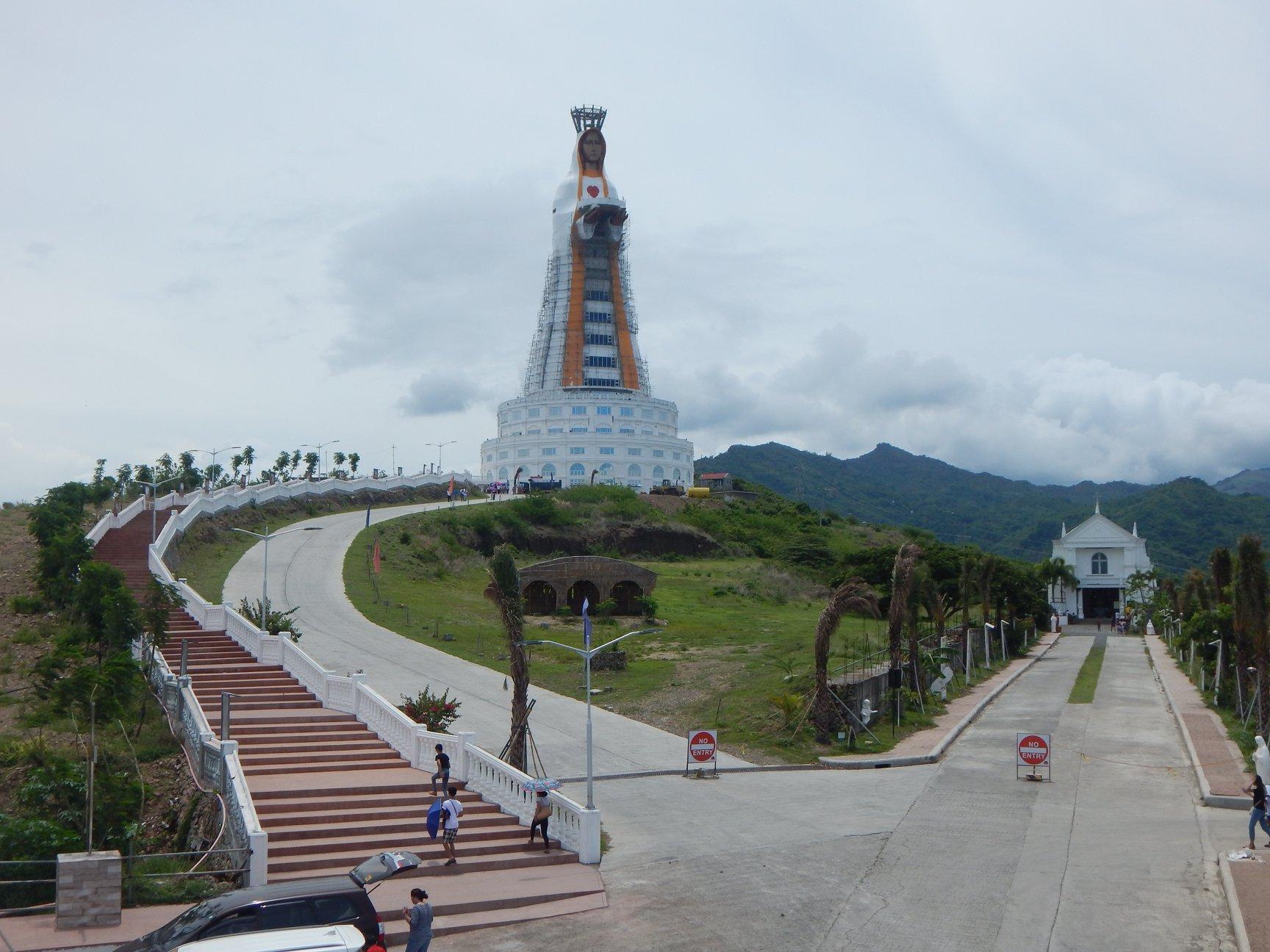 La statua più alta al mondo dedicata alla Madonna