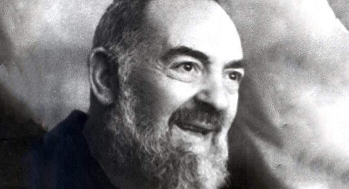 Video raro su Padre Pio
