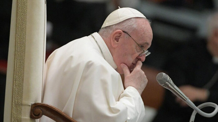 Papa Francesco ricorda le vittime del Camerun