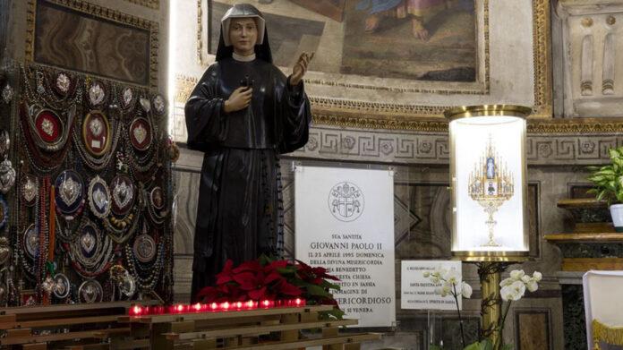 Invoca la Divina Misericordia recitando la Coroncina in diretta oggi, 10 Ottobre 2021. LIVE TV alle h.15.00