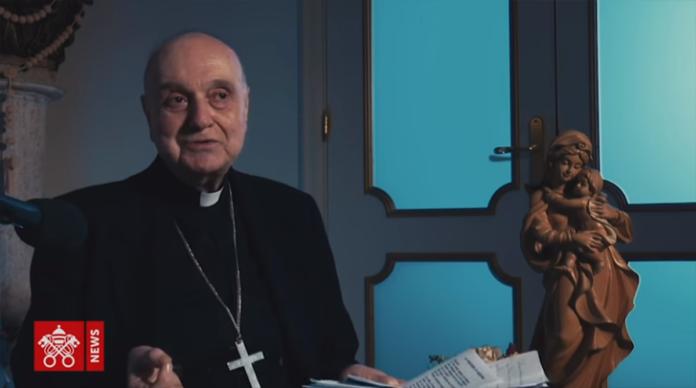 La recita del Rosario con il Cardinale Comastri