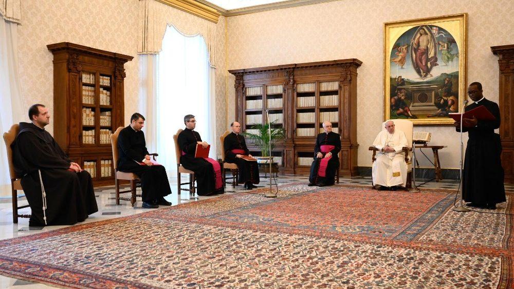Papa Francesco udienza 18 Novembre (Vatican Media