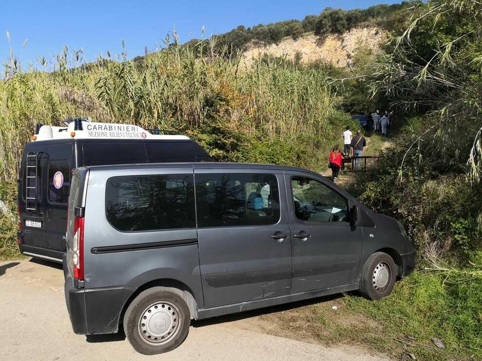 Uccide la moglie in campagna. Italia sotto choc