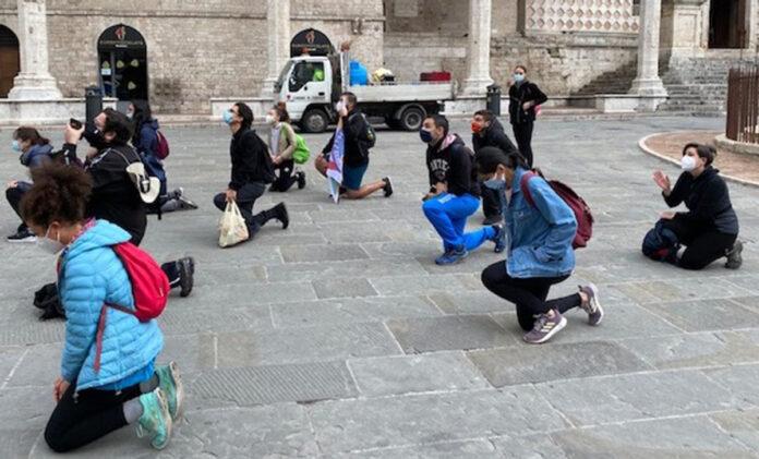 Giovani in pellegrinaggio da Perugia per Bassetti