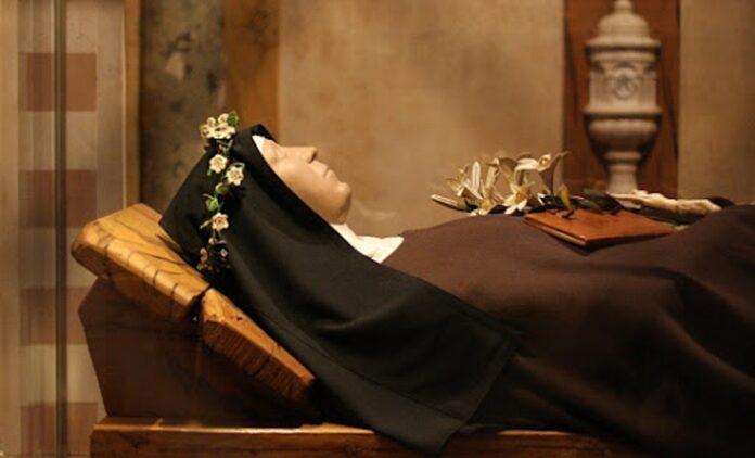 Preghiera a Santa Chiara per chiedere una grazia