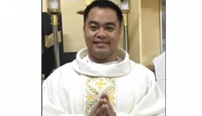 La Chiesa piange Don Rene Bayang Regalado