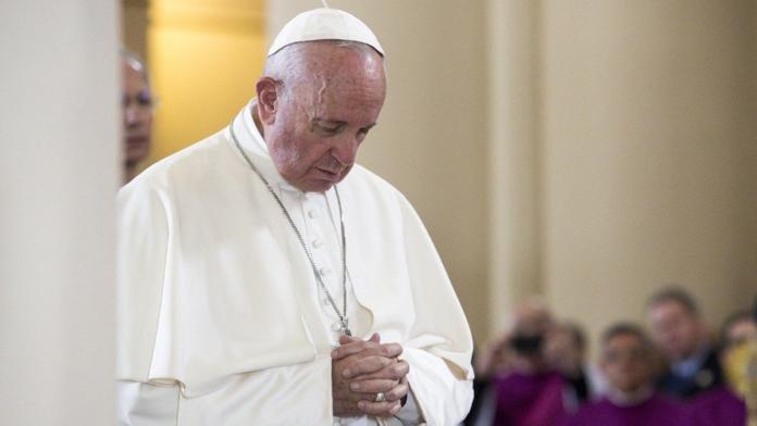 Papa Francesco prega per Edwin