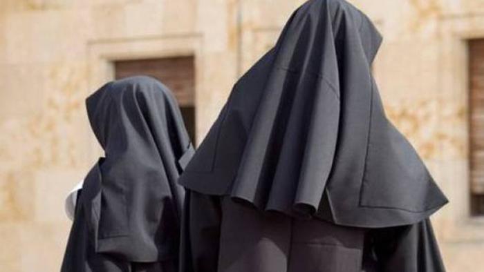Suore sventano rapina in convento