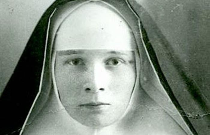 Beata Giulia Rodzinska, Martire