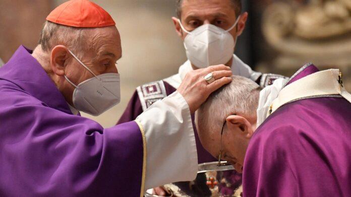 Papa FRancesco ceneri 17 febbraio 2021
