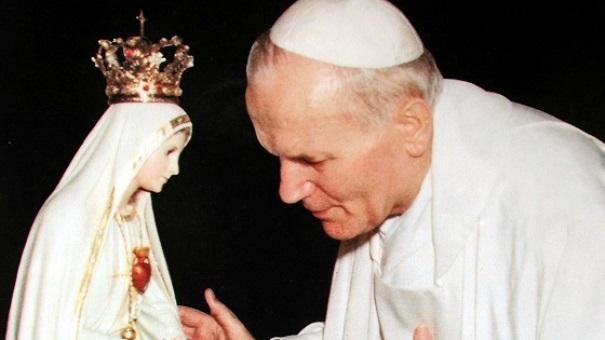 È il primo sabato del mese, affidati oggi alla Madonna di Fatima