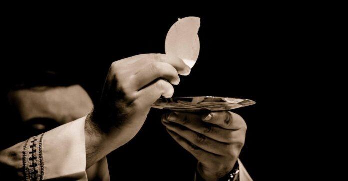 santa messa angeli e santi