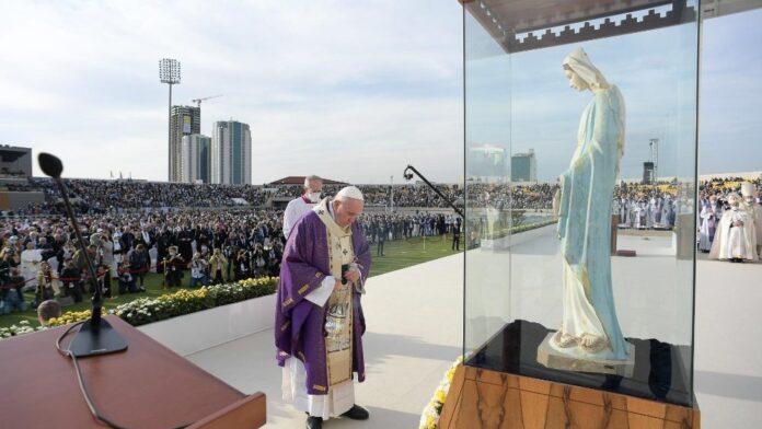 Papa Francesco accende, in Iraq, le fiammelle della fede