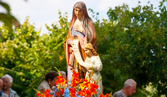 Preghiera a Sant'Anna per proteggere e benedire i tuoi figli e nipoti