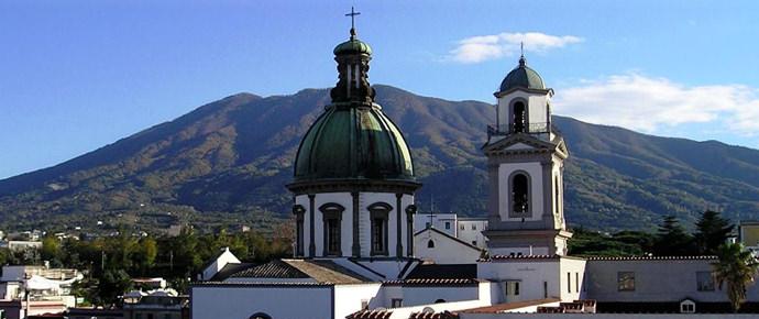 La Chiesa festeggia la Madonna dell'Arco