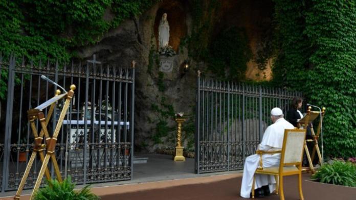 Papa Francesco e la preghiera dai santuari