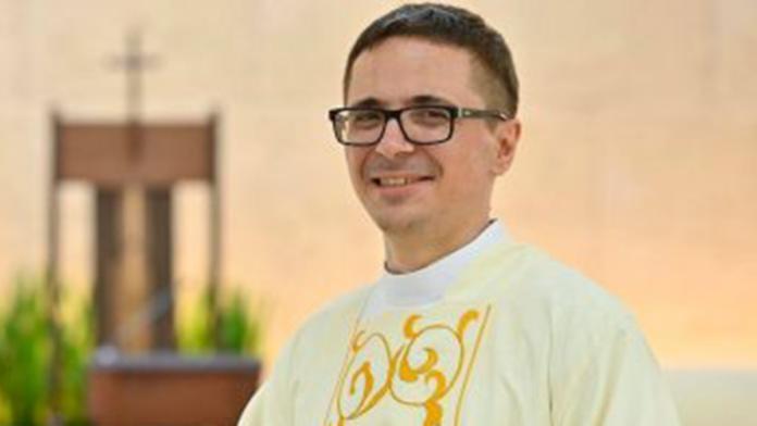 Cesare Sposetti è diventato sacerdote ieri a 36 anni