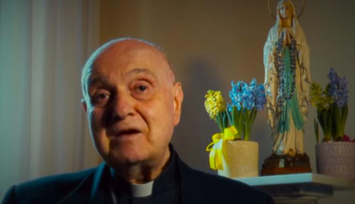 Devoti a Maria. Cardinal Comastri: 'Lourdes è la finestra del Cielo sulla terra'
