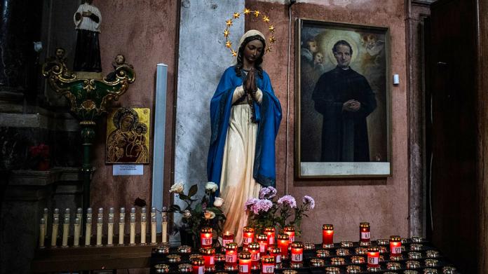 La Madonna a Medjugorje vuole convertirci