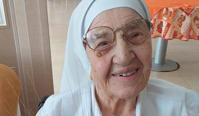 Tanti auguri a Suor Vincenzina che ha compiuto 100 anni