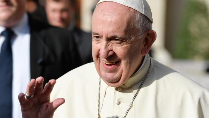 Papa Francesco: 'Dio si fa vicino a tutti con cuore di Padre..'