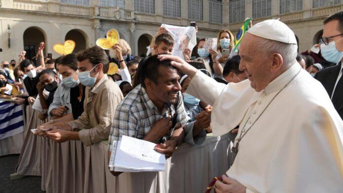 Papa Francesco: l'udienza generale del 16 Giugno 2021