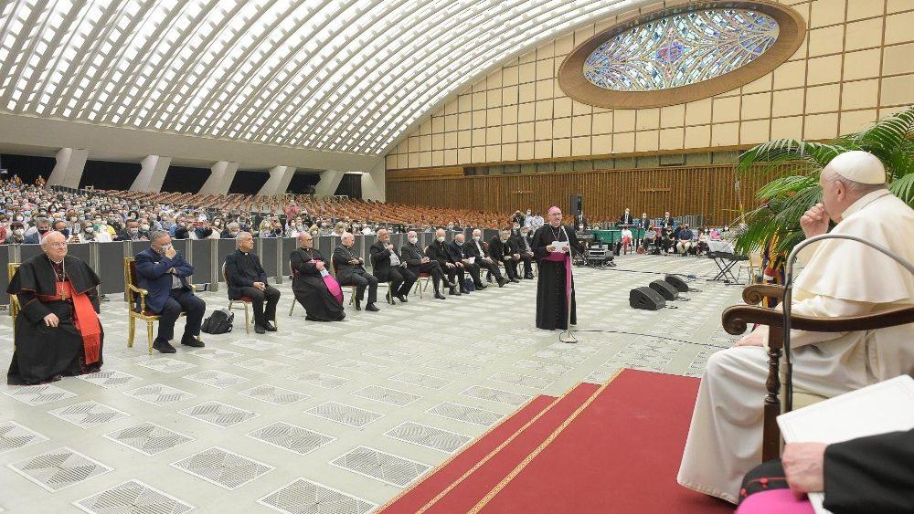 Papa Francesco ha incontrato le Caritas italiane