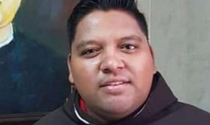 La Chiesa piange Padre Juan Antonio Orozco Alvarado