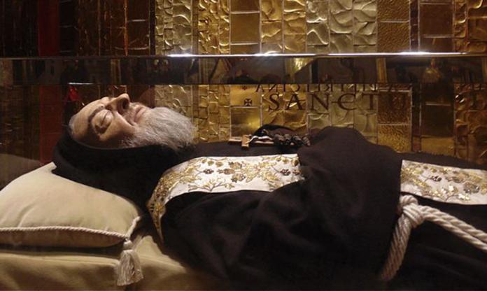Padre Pio, ripara la mia casa dal nemico e fai che Cristo trionfi! Preghiera della notte, tra il 20 ed il 21 luglio 2021