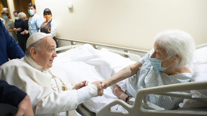 Papa Francesco sta' bene presto uscirà dall'ospedale