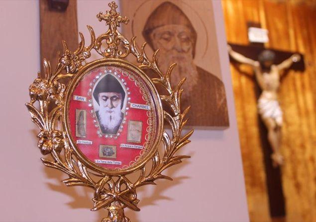 San Charbel, invoca oggi il 'Padre Pio' del Libano, per chiedere una grazia