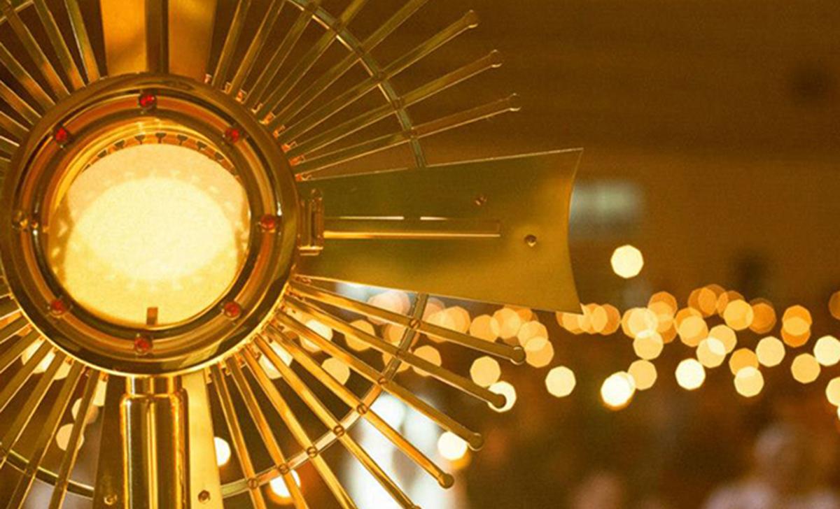 Salvami Gesù con la Tua presenza Eucaristica