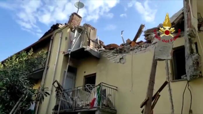 Tragedia a Torino. Crolla palazzina