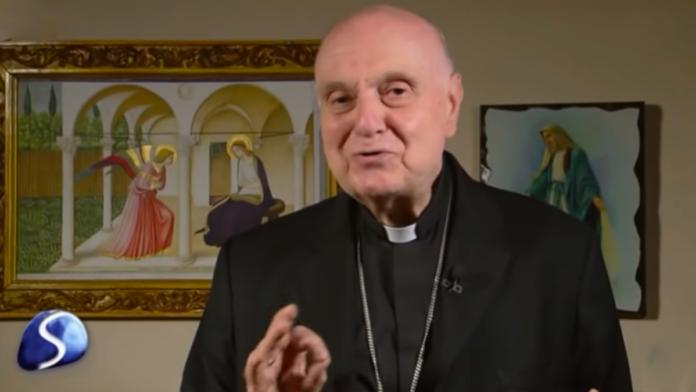 Il cardinale Comastri
