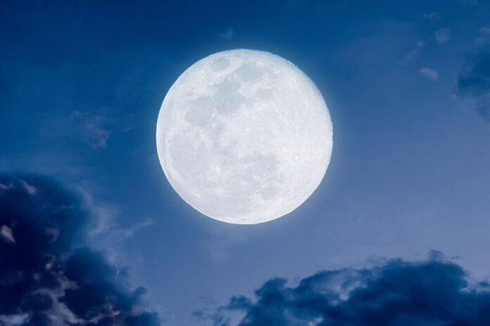 luna blu italia 22 agosto