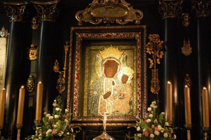 Novena alla Madonna Nera di Czestochowa per avere una grazia. Oggi, domenica 22 agosto 2021, è il 6° giorno